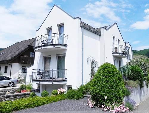 Ausgesuchte Ferienwohnungen In Zell An Der Mosel Ferienh User Und Apartments G Stezimmer